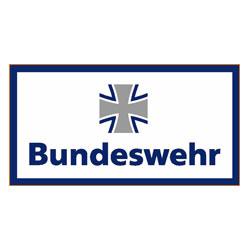 Sprecher Robert Braun spricht für die Bundeswehr