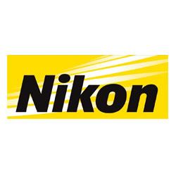 Sprecher Robert Braun spricht für Nikon